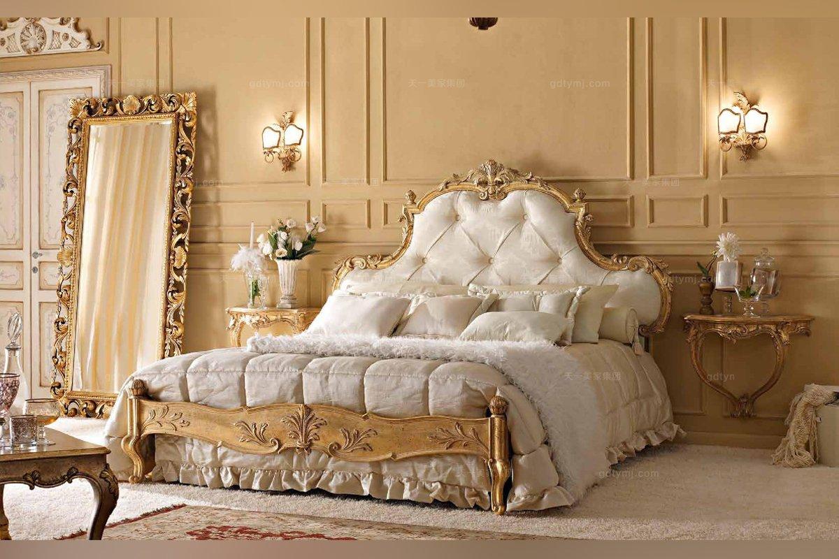 Andrea Fanfani高端家具雕刻金色双人床