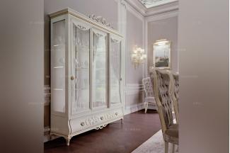 Carpanese新古典雕花玻璃酒柜