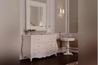 Carpanese新古典白色装饰柜