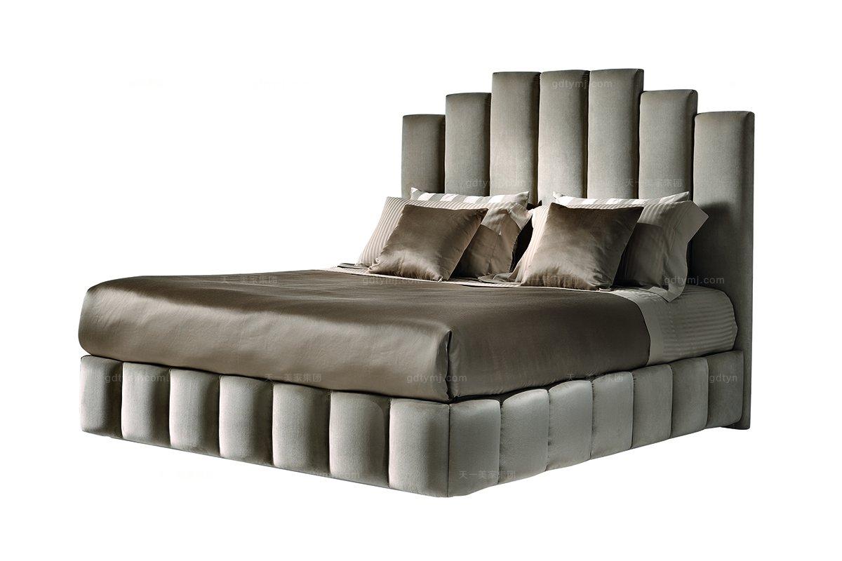 Daytona后现代卧室布艺软床系列