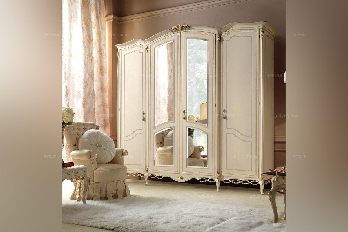 欧式家具  风格:欧式家具 品牌:signorini&coco 适用区域:别墅 会所