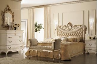 Grilli奢华新古典实木雕花布艺软床卧室系列
