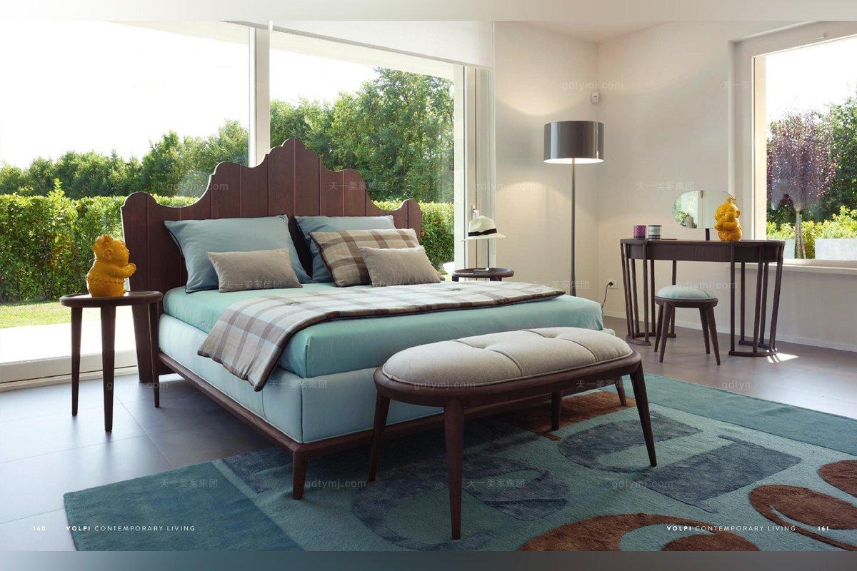 Volpi必发88客户端进口法式实木双人床组合
