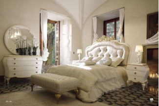 Volpi高端时尚法式别墅会所白色双人床
