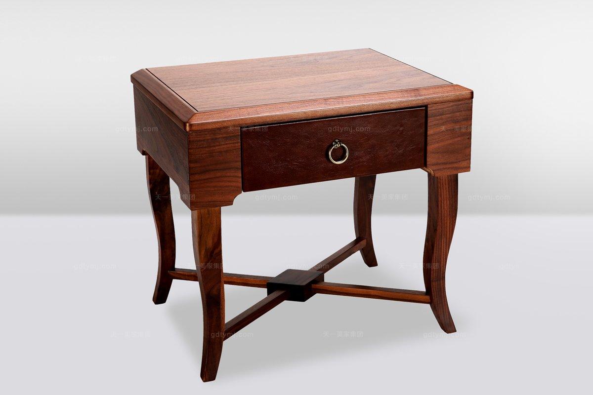 高端时尚简欧实木床头柜
