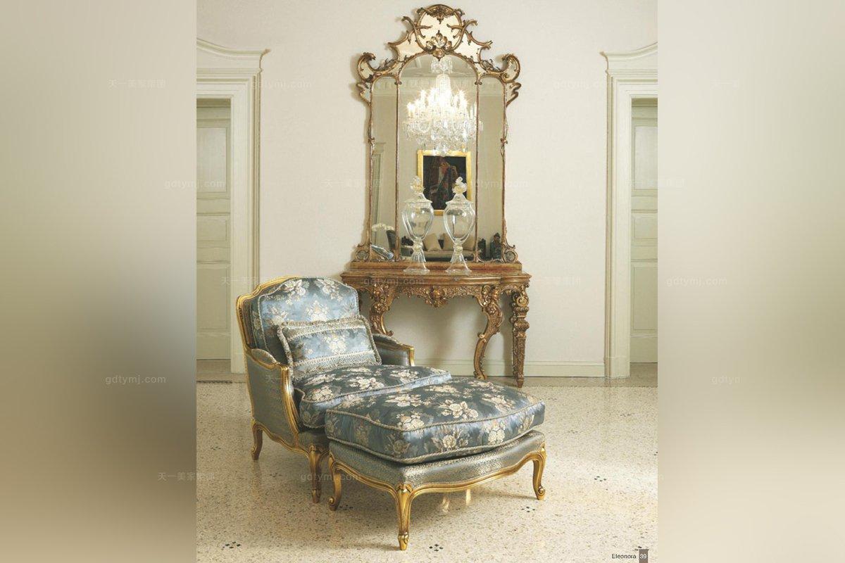 皮沟里欧式花型布艺金色实木单位休闲沙发