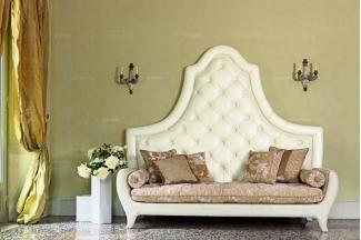 Pigoli 皮沟里米黄色布艺高靠背卧室沙发系列