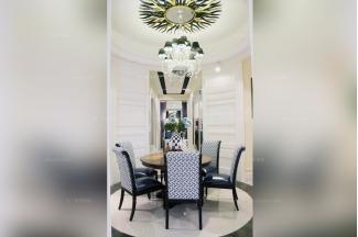 高端品牌美式圆餐桌配餐椅