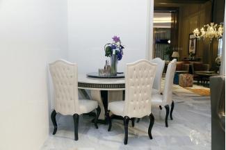 高端尊贵别墅万博手机网页品牌自然主义餐桌椅