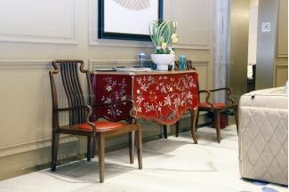 高端家具品牌奢华自然主义实木雕花红色玄关