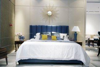 名贵酒店家具自然主义蓝色真皮大床