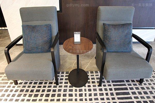 意式极简奢家具当代客堂进口桦木茶几真皮软客堂包沙发组合休闲椅