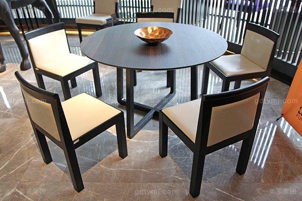 意大利简奢风现代别墅万博手机网页客厅真皮实木餐桌椅组合