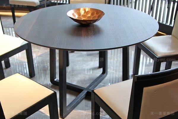 意大利简奢风现代别墅万博手机网页客厅真皮实木餐桌椅组合餐台