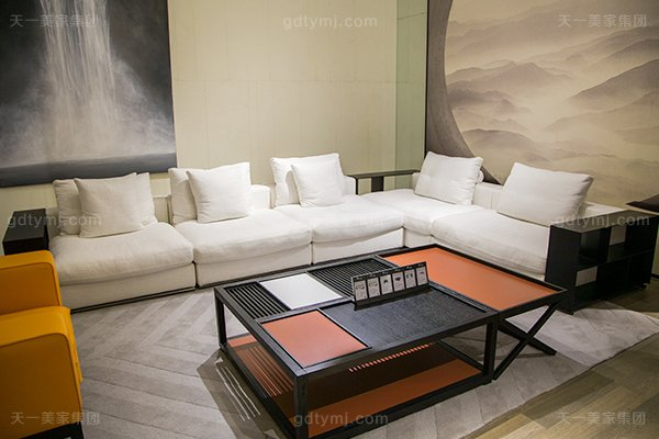 意式极简奢华现代客厅沙发组合图片