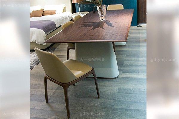意大利极简奢高端实木真皮餐桌椅万博手机网页组合餐厅组合万博手机网页