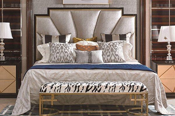 高端别墅轻奢万博手机网页实木卧室双人床枫影木皮拼花大床舒适大床