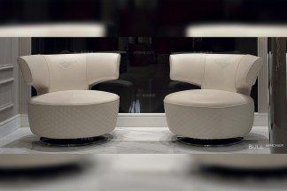 名贵别墅豪宅品牌家具后现代白色真皮高密度海棉休闲单人位沙发