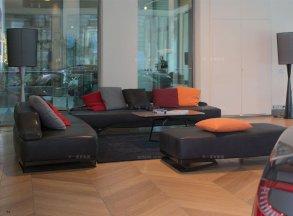 高端轻奢别墅豪宅万博手机网页品牌客厅现代时尚黑色真皮组合沙发