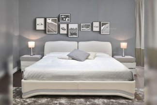 高端轻奢后现代万博手机网页品牌别墅卧室时尚米色真皮双人大床