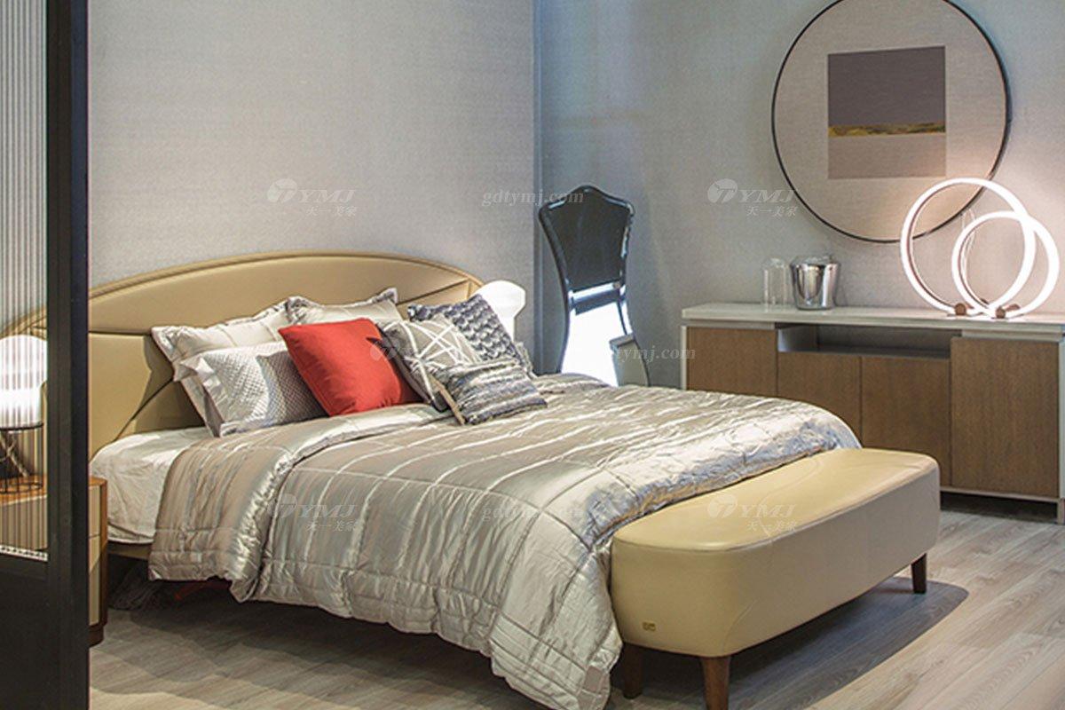 高端别墅会所家具品牌极简轻奢北欧家具时尚创意真皮卧室双人床系列