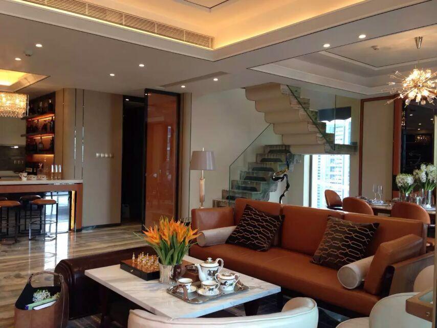深圳城市壹方中心复式样板房-现代真皮沙发