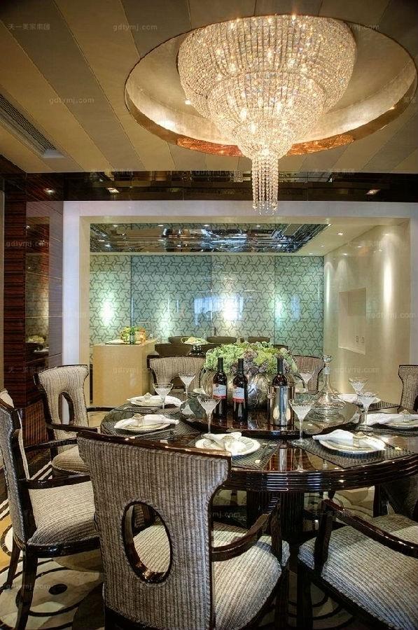 奢华新古典家具餐厅