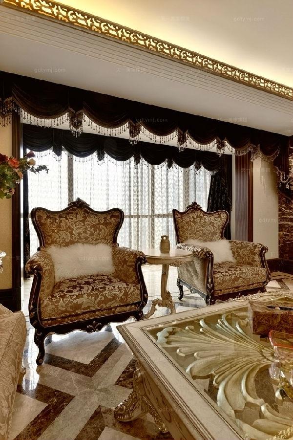 奢华新古典风客厅4