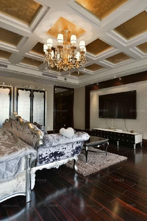 奢华新古典风卧室4