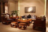 高端实木布艺沙发有哪些品牌?实木布艺沙发有一些什么特点?