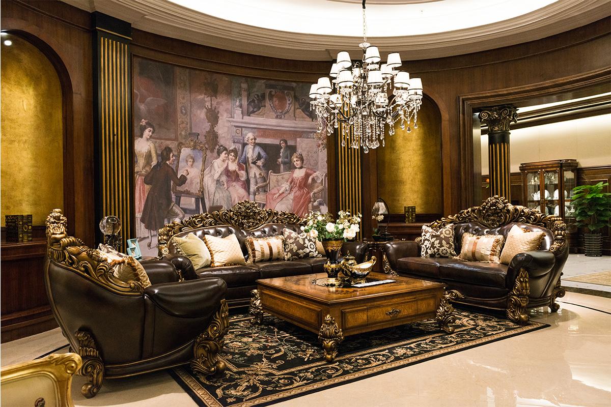 电视墙采用玻璃镜面设计使整个空间的色泽更艳丽,更增添其典雅韵味.