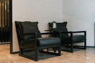 低调沉稳的简奢家具风格, 为你打造一个高逼格暗色系简奢风格空间