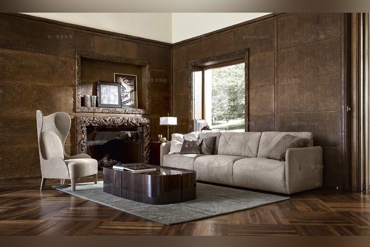 意大利三位沙发